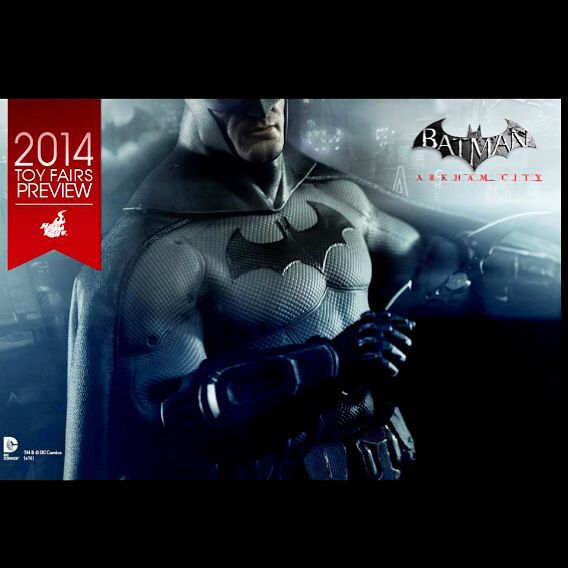 Finally an Arkham City Batman Hot Toy! It looks like Hot Toys will be revealing this awesome Batman figure  at SDCC2014! Stay tuned on www.bandteesandpopculture.com for more! #Batman #BatmanHotToy #HotToys #SDCC #SDCC2014 #Comiccon #bandteesandpopculture