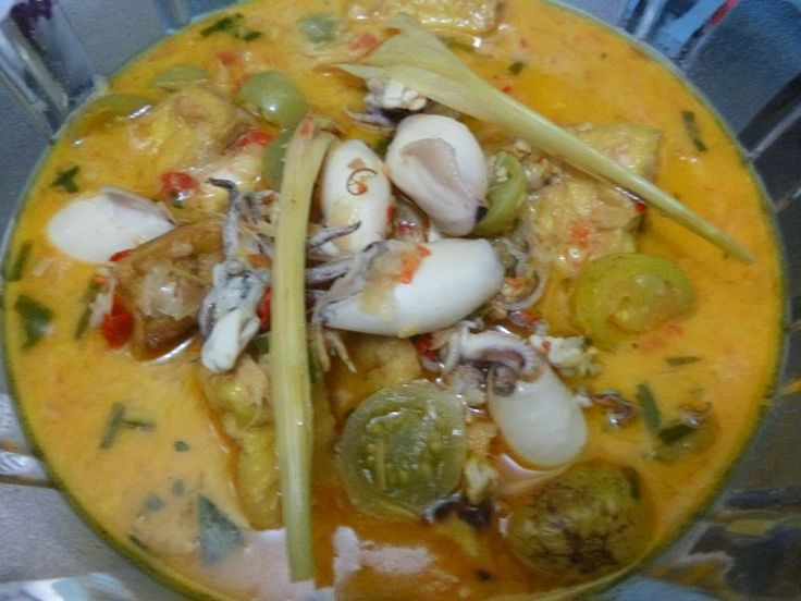 Masak Ala Mom Nayla: Cumi & Tahu masak Kari Pedas