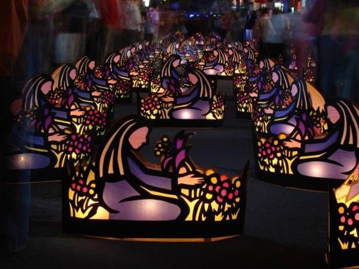 La tradicional noche de las velitas y la fiesta en honor a la Virgen de la Inmaculada Concepción son el motivo principal para que todas las familias de Quimbaya, movidas por la fe cristiana, produzcan una manifestación de ingenio y entusiasmo durante el evento festivo, cultural y religioso que se lleva a cabo los días 7 y 8 de diciembre de cada año.