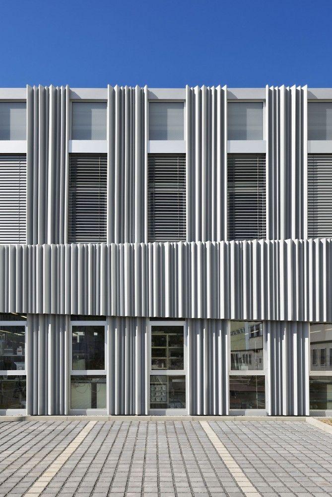 Reconstruction Multifunctional Building in Jena / wurm + wurm