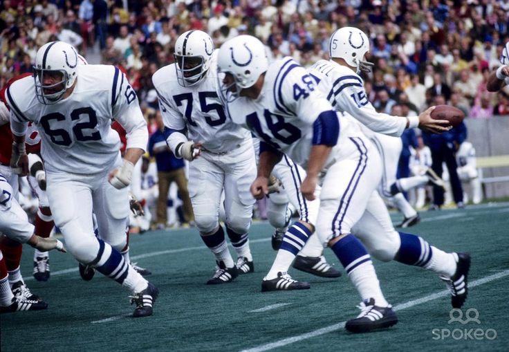 Earl Morrall hands off....Colts vs. Patriots, 1971