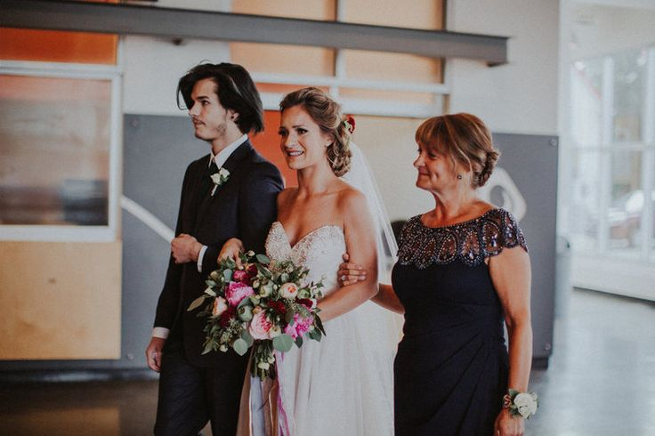 the wedding chronicles: our ceremony | dale + peonies | dale and peonies | yeg wedding | yeg blogger | edmonton | tricia victoria photography | essence of australia | edmonton | betsy johnson betsy blue | fabloomosity | atb arts barns | derks