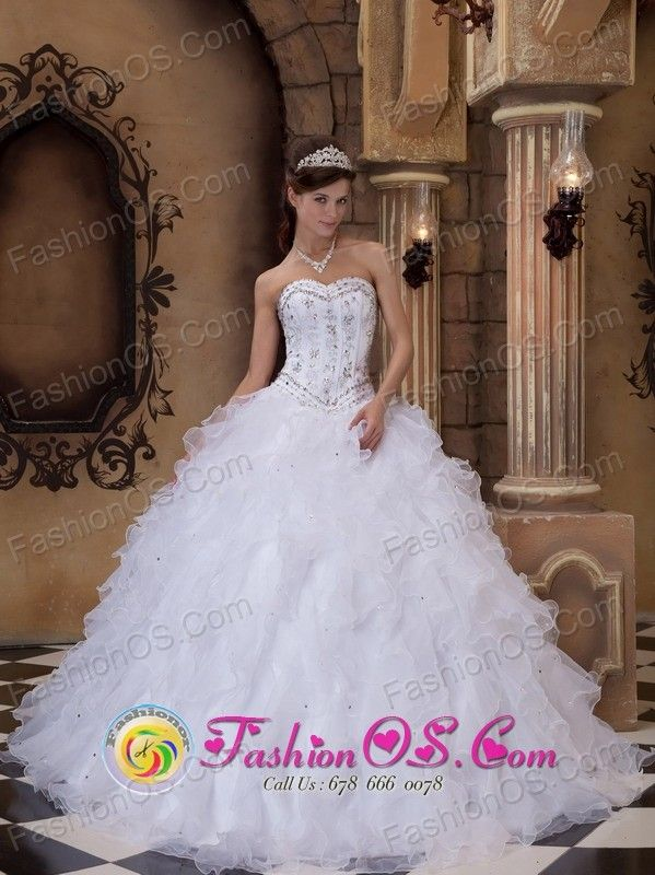 http://www.fashionor.com/Quinceanera-Dresses-For-Spring-2013-c-27.html  how to get Beading Quince gowns For tall women