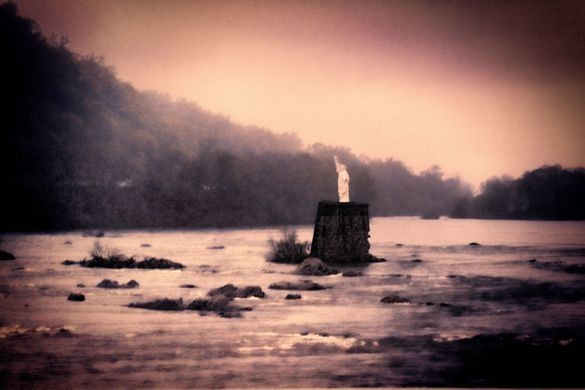 Located in the Dauphin Narrows stretch of the Susquehanna River, stands a mini Statue of Liberty that is a 25 foot tall replica of the original. Technically it is a replica of a replica. The current statue is the second little lady liberty to hold her torch high above the old railway piling in the middle of the river.