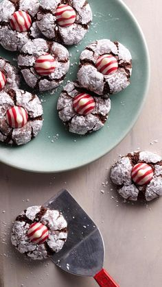 A perfect addition to your holiday cookie exchange spread, our scratch-made crinkles are crowned with peppermint Hershey's Kisses.