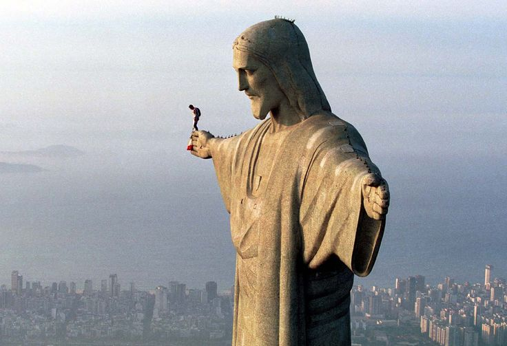 Best Christ The Redeemer Selfie Images On Pinterest Rio De - Guy takes epic selfie top christ redeemer statue brazil