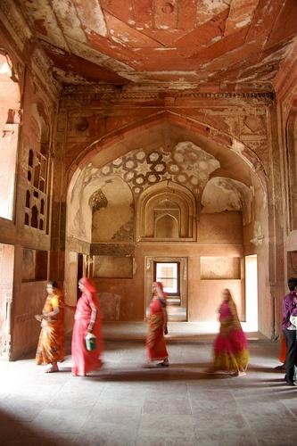 Agra Fort #seatsofthegoddess