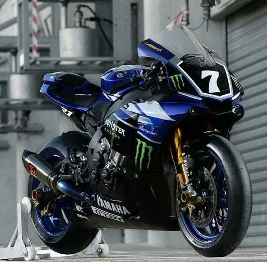 Yamaha R1 get rid of that number