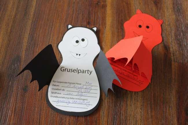 Einladungskarte Kindergeburtstag Fledermaus.   #basteln #Kindergeburtstag (Halloween Invitations Party)