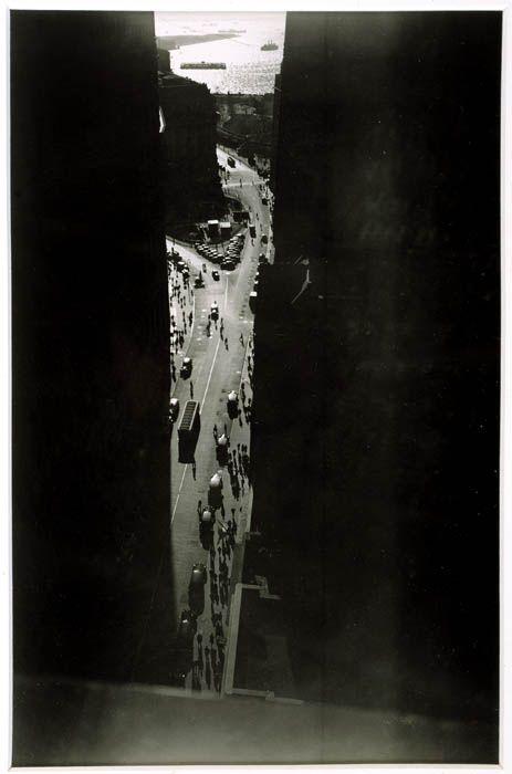 The Naked City    Berenice Abbott, Wall Street Area, ca. 1936.