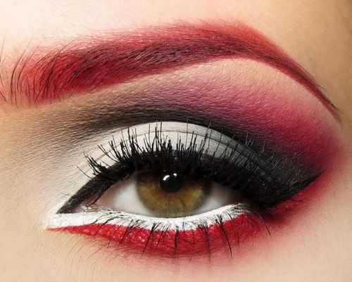 If I dared to color fill in eyebrows like my red hair!!! #red #makeup Smokey REOW!