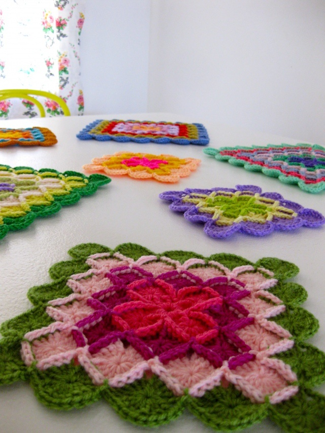 I love these...what a great way to use acryl-ick scrap yarn!