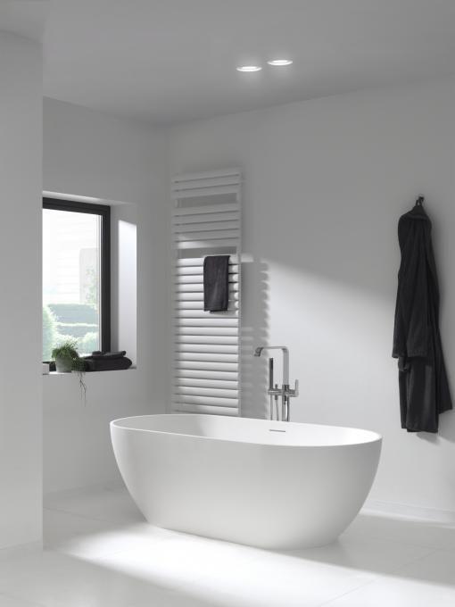 Monterosi vrijstaand bad - X2O De voordeligste badkamer specialist ...