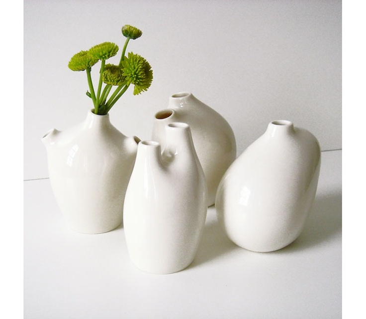MICHIKO SHIMADA, VITA BUD VASES: only $19 - $29! i love the little guys that look like they have aortas or vena cavas.