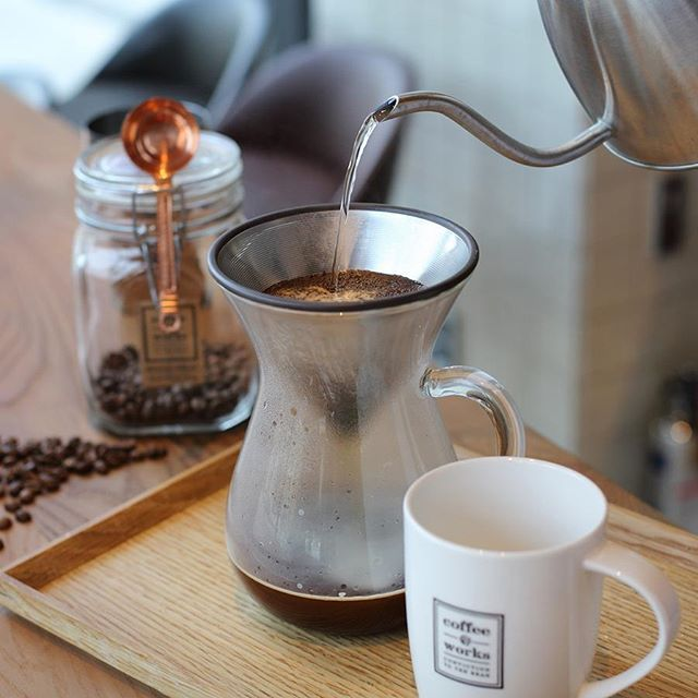 [Home Brewing] Slow Coffee Style KINTO - 킨토와 함께라면 당신도 홈바리스타! 집에서도 손쉽게 스페셜티 커피를 즐길 수 있습니다. - KINTO – 일본 주방용품 브랜드 킨토는 삶의 가치 향상을 위한 진지한 고민을 독특한 디자인으로 표현하고 있습니다. - #커피앳웍스 #킨토 #홈브루잉 #홈바리스타 #스페셜티커피