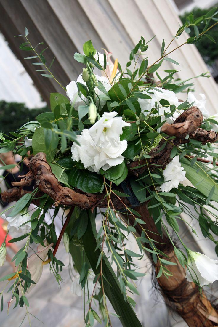 Floral arrangement by Ioanna Vamvakari Decoration and Events Planning
