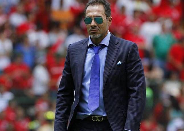 El mediocampista paraguayo, Osvaldo Martínez, habló acerca de su ex DT en el América Gustavo Matosas, quien es el principal candidato para ser el nuevo entrenador de Cerro Porteño. El volante describió su estilo y sus características.