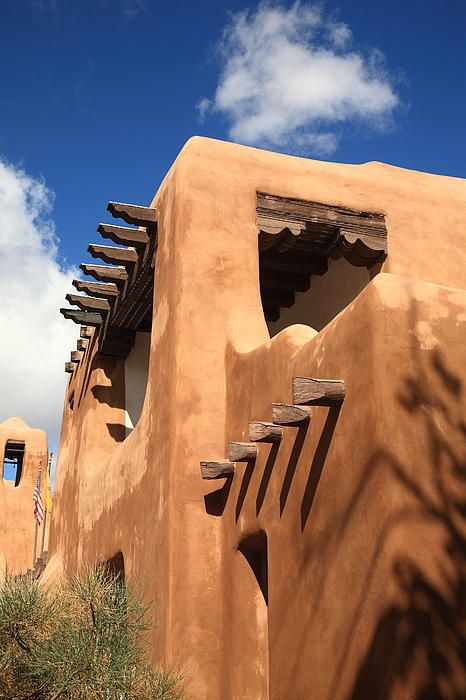 Santa Fe - Adobe Building. An adobe building in Santa Fe, New Mexico, with a 17th century style. Art Print from $32. | >>