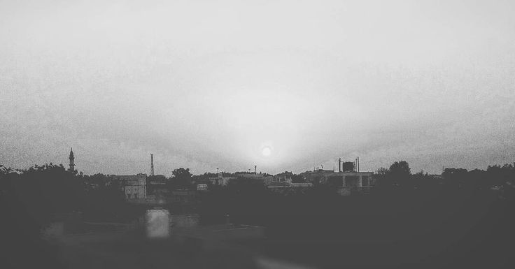 Black and White mode sunrise at Durg