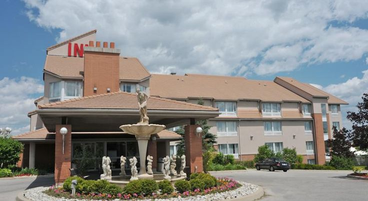 Monte Carlo Inn Oakville Road East Oakville Located less than 10 minutes' drive from Lake Ontario, this hotel features an on-site restaurant, fitness centre and hot tub. Every room offers free Wi-Fi and a flat-screen cable TV.