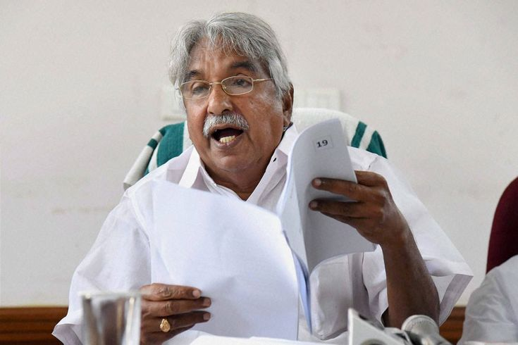 Kerala Solar Scam Judicial Commission Report Indicts Former CM Oommen Chandy Staff of Cheating - News18 #757Live