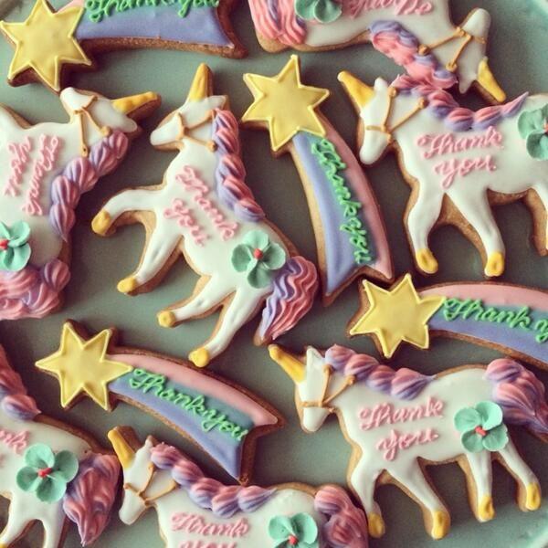 "Unicorn Party ~ Unicorn & shooting star ""Thank You"" cookies."
