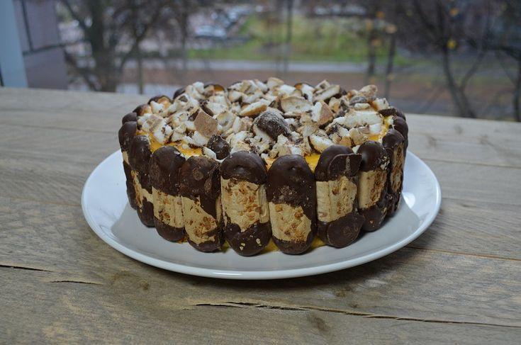 Deze taart met bokkenpootjes & Advocaat is een traktatie voor de smaakpapillen en de ogen! - Zelfmaak ideetjes