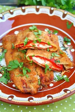 Find out WHAT THE LOCALS EAT BEFORE YOU TRAVEL See what food is eaten in BULGARIA such as  Chushki Burek / Peppers Burek  | Find details at http://www.allaboutcuisines.com/local-food/bulgaria | #TravelBulgaria | #BulgarianFood | #BulgarianRecipes.
