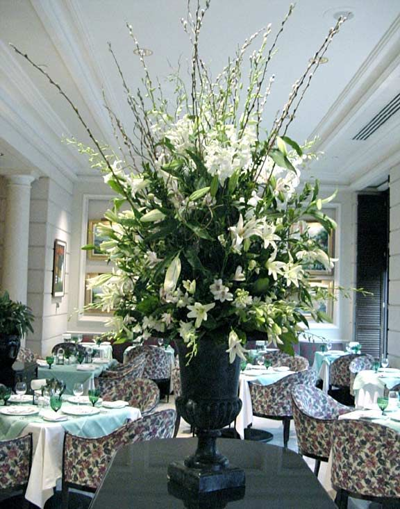 'white floral arrangements for weddings' | White and Green Wedding Flowers:Wedding flowers