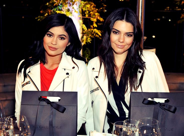 Mar 31st 2016 Kendall And Kylie For Neiman Marcus Launch Dinner In 2021 Lip Injections Kendall And Kylie Kendall Jenner