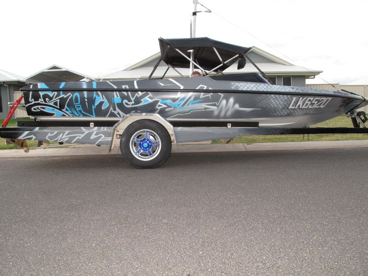 Sure, you've got a boat, but do you have a boat with some aerosol art? Personalise your craft.  #boating #boatlife #mural #graffiti #graffitiart #aerosolart