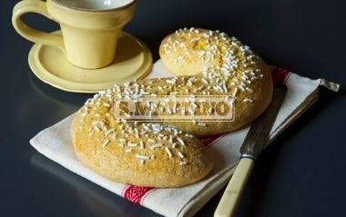 BUSSOLANO 320 g of flour, 100 g of Fecola di Patate da 250 g (our potato flour), 2 eggs + 1 eggwhite, 100 g of butter, 180 g of sugar, 1 grated lemon peel, 1 pinch of salt, 1 bag of Lievito S.Martino (our yeast), Granella di Zucchero senza glutine (our pearl sugar, gluten free). Bussolan is a typical dessert here in Mantua. It has a unique taste. #dessert #bussolano #ilovesanmartino