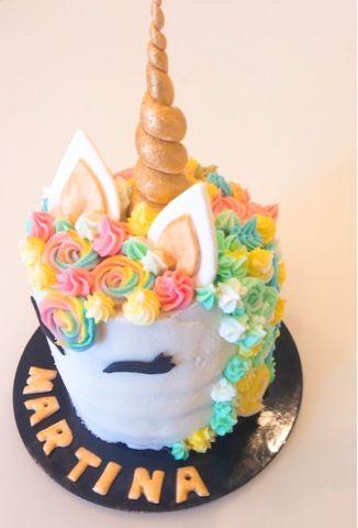 Su instagram ce ne sono tantissime, di tutti i colori: sono le torte unicorno , l'ultimo trend in fatto di torte. Pare che la torta uni...