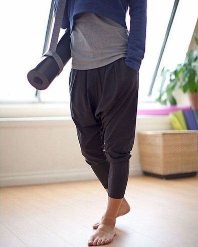 Lovely outfit! Drop crotch pants / harem pants / yoga pants