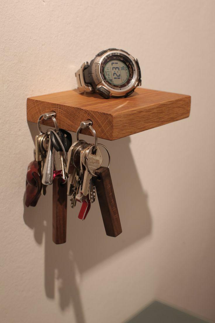 Best Es wird ganz einfach an die Wand montiert u D bel und Schrauben werden mitgeliefert u und es sind keine
