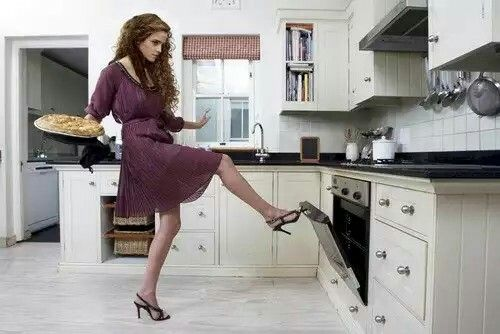 Emma cooking