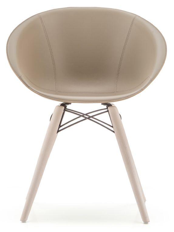 Gliss 904/F stol - läder från Pedrali hos ConfidentLiving.se