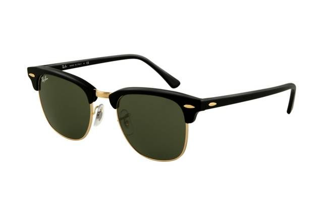 #Rayban #Sunglasses Biggest sale of the season. Ray Ban Clubmaster RB3016 Sunglasses Ebony Arista Frame Crystal Green Lens! Save up to 80% off.