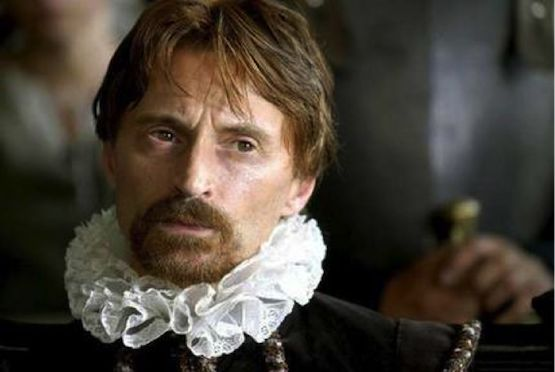 Robert Carlyle as King James I in Gunpowder Treason & Plot