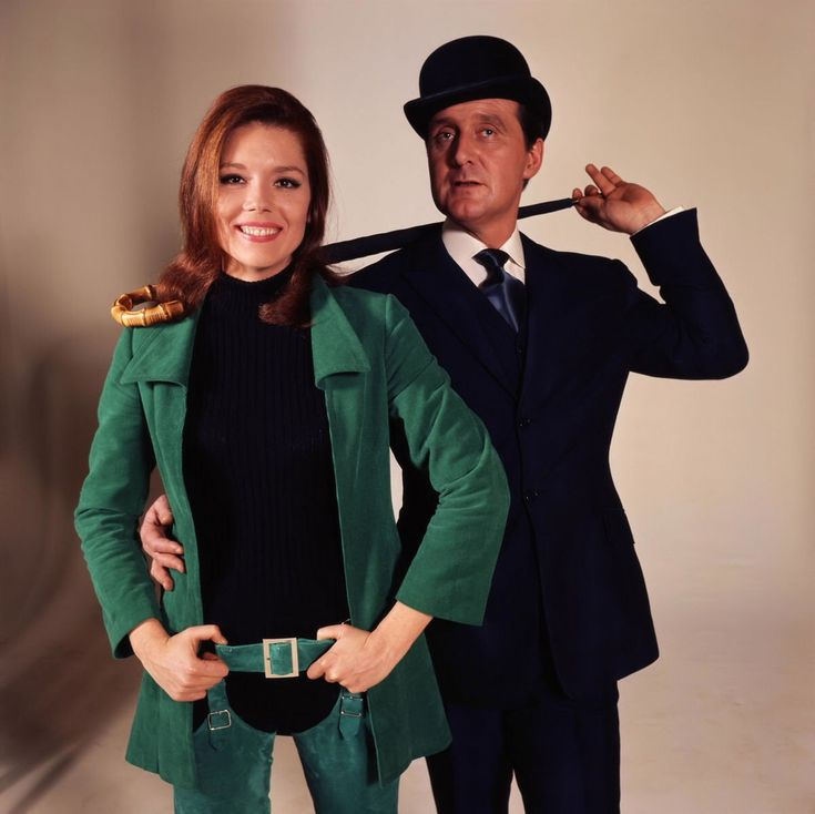 emma peel and john steed in the avengers 1960 39 s tv show. Black Bedroom Furniture Sets. Home Design Ideas