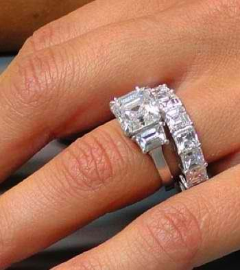Anna Faris Engagement Ring