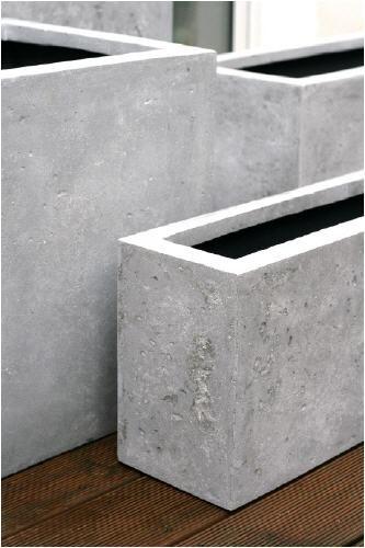 die besten 25 blumenk bel beton ideen auf pinterest selbstgemachte deko aus beton gartendeko. Black Bedroom Furniture Sets. Home Design Ideas