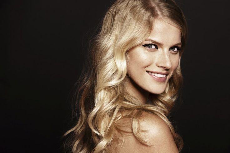 Soigner ses cheveux, c'est souvent hors de prix. Alors pourquoi ne pas réaliser soi-même son produit beauté capillaire ? L'avantage...