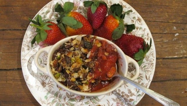 Rhubarb and strawberry crumble recipe
