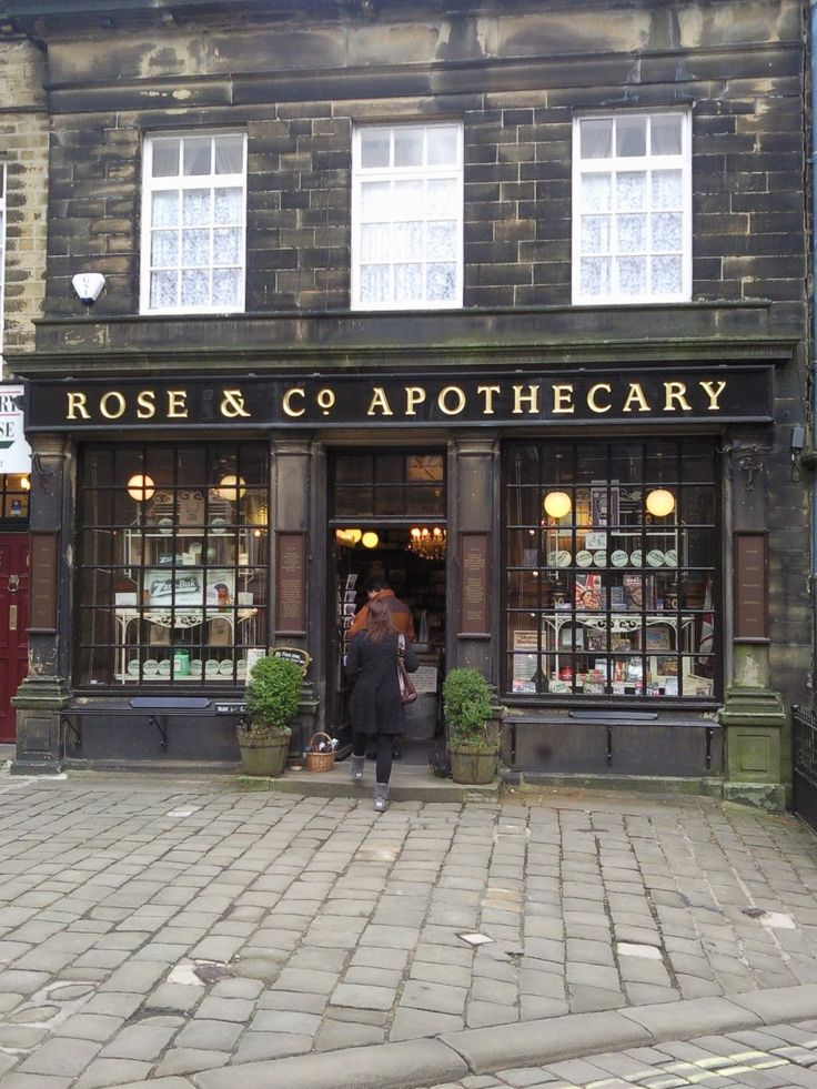 1000 images about victorian style storefronts on for Victorian decor store