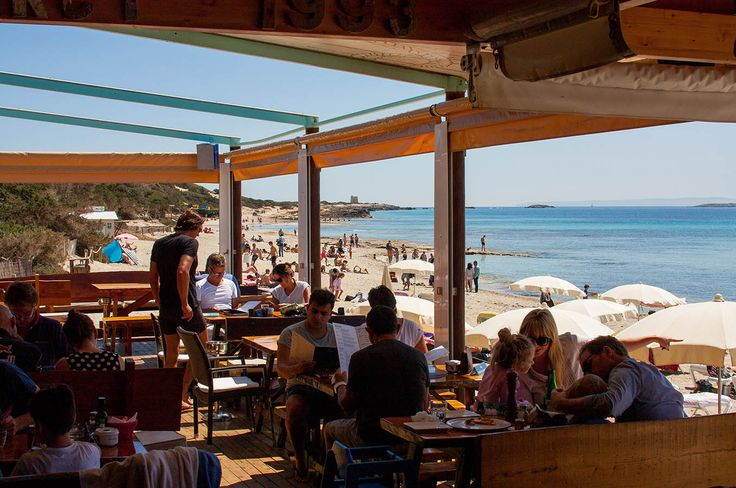 22 best images about ibiza 39 s best beach bars on pinterest for Puerta 4 jockey club