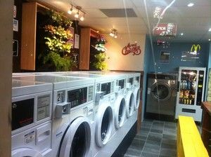 waterspirit-laundromat-kangaroo-point-dry-cleaning-laundry-our-store-concept-and-design-was-proudly-done-by-young-local-brisbane-designer-from-qut-sussi-reina-e0e3-300x0.jpg (300×224)