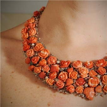 coral roses. great with the right outfit.