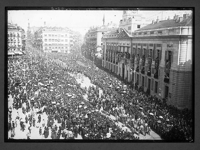 Puerta del Sol - 1908, comitiva real