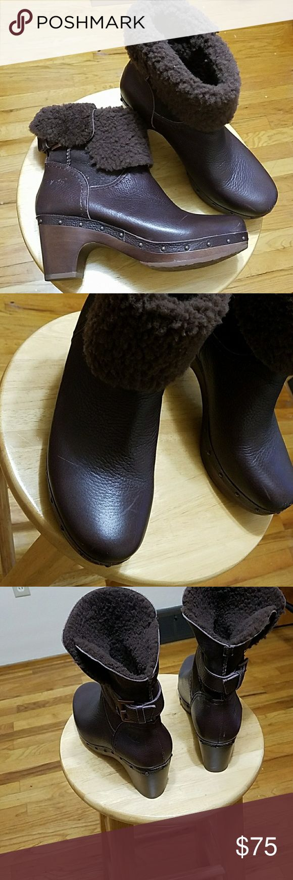 UGG Lynnea Boot Clogs Genuine UGG boots in next to nee condition.  A couple of slight scratches on the top that might wash off. UGG Shoes Mules & Clogs